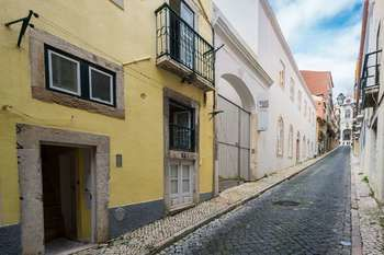 Lisbon Low Cost Apartments, Hotell i Lissabon