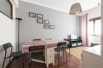 TripGeo Apartment Roma, Hotell i Lissabon