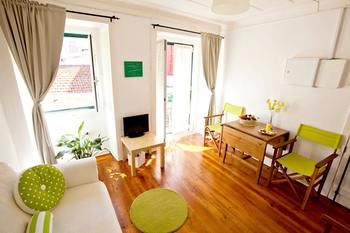 Apartment With one Bedroom in Lisboa, With Wonderful City View, Balcony and Wifi - 12 km From the Beach, Hotell i Lissabon