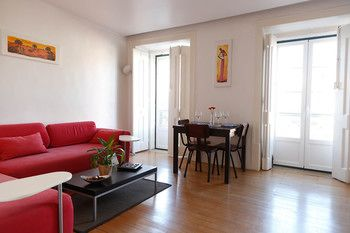 Bairro Alto Apartment by Rental4all, Hotell i Lissabon