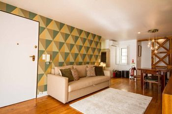 Vintage Chic by Apartments Alfama, Hotell i Lissabon