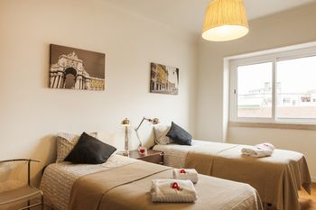 Rent4Rest Family & Friends Apartment, Hotell i Lissabon