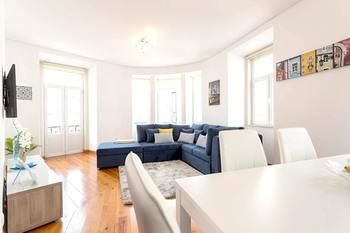 Apartment With 4 Bedrooms in Lisboa, With Wonderful City View, Balcony and Wifi - 17 km From the Beach, Hotell i Lissabon