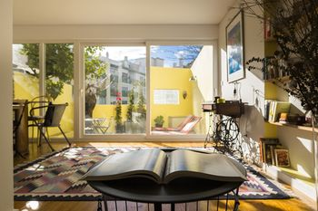 Campo Ourique Style Lisbon Apartment, Hotell i Lissabon