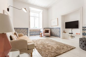 Baixa Tile Blue Two-Bedroom Apartment - by LU Holidays, Hotell i Lissabon