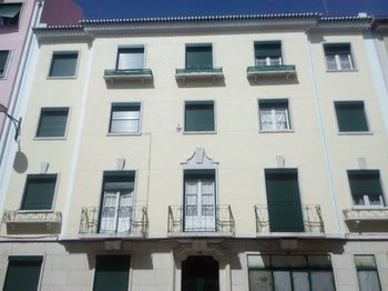 Boomerang Surf House Serviced Apartments, Hotell i Lissabon