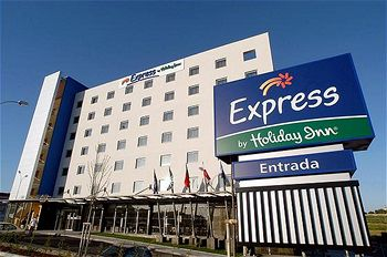 Express By Holiday Inn Lisbon - Oeiras, Hotell i Lissabon